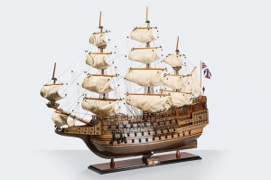 "Luksusowy Model Żaglowca ""Sovereign of the Seas"""